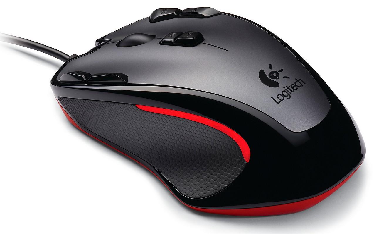 Logitech Gaming Mouse G300: 9 butoane, 2500 DPI, 40 euro