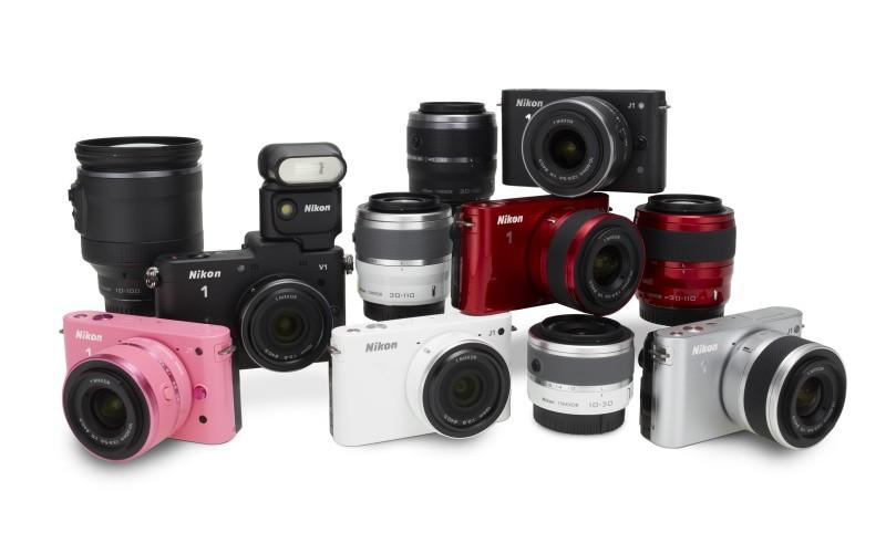 Nikon intra pe piata mirrorless cu J1 si V1