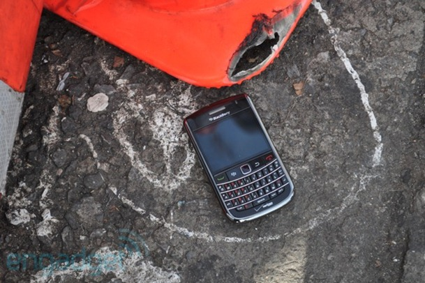RIM nu trece printr-o perioada foarte roz – BlackBerry se duce in jos