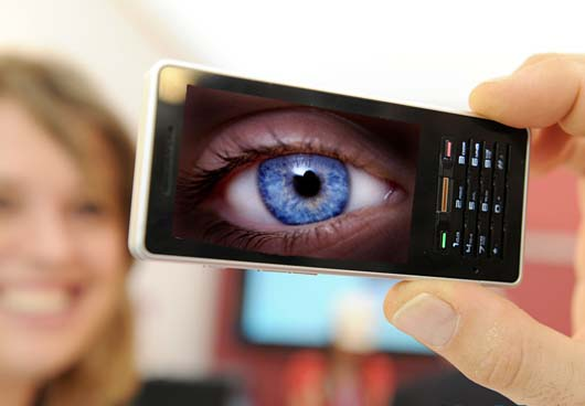 Camerele telefoanelor mobile vor fi reinventate?
