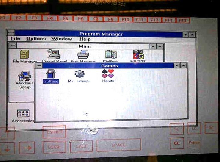 PlayBook-ul imbratiseaza DOS-ul –  aduce aminte de vremurile bune
