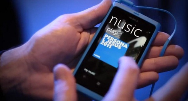 nokia-publishes-lumia-800-making-of-documentary-video
