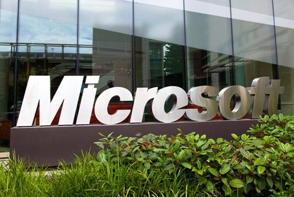 Microsoft a scapat cod malitios pe internet