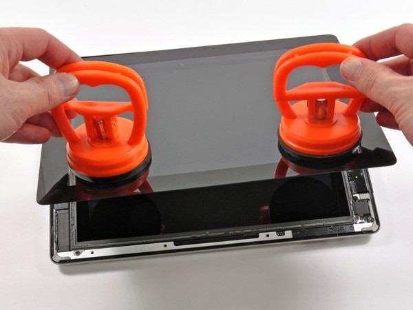 Noul iPad 3… bucatica cu bucatica
