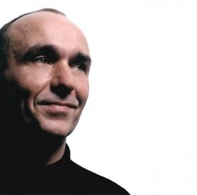 Peter Molyneux , Molyneux