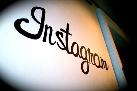 Instagram introduce noi reguli la postare
