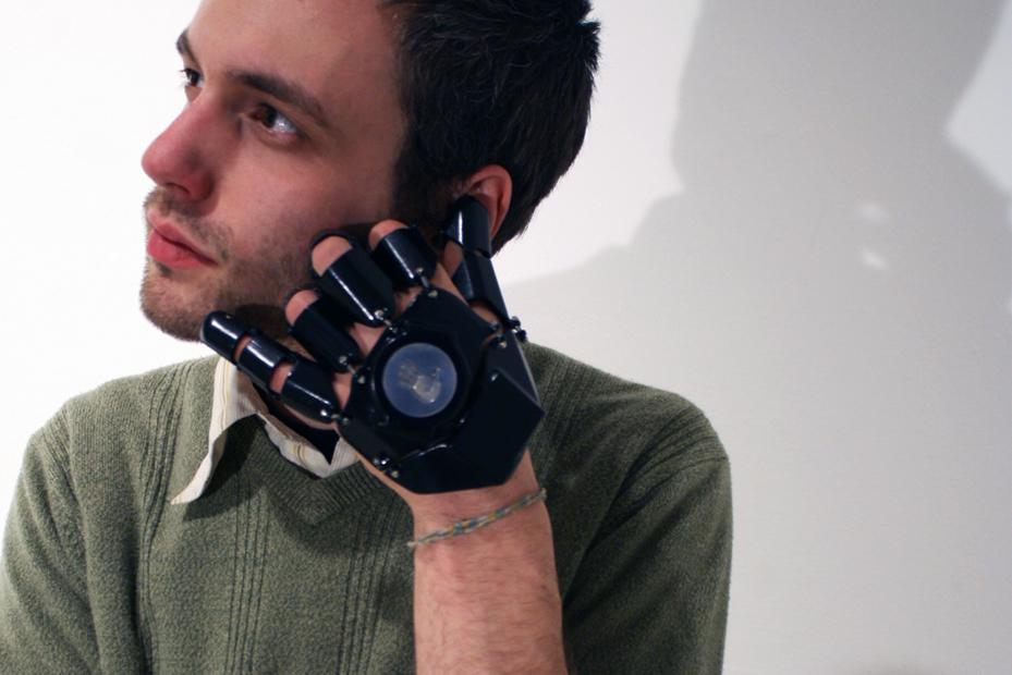 Glove One iti transforma mana in telefon [+VIDEO]