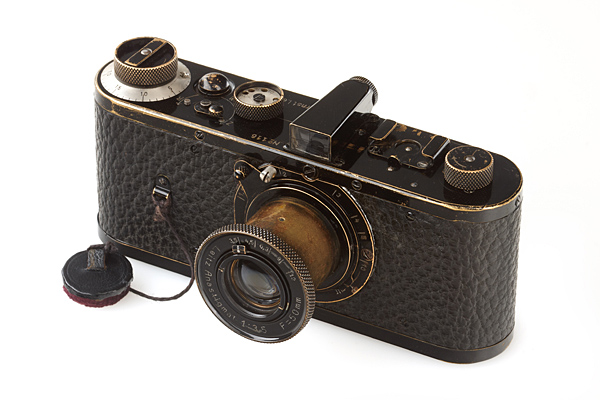 Cea mai scumpa camera foto din lume vine de la Leica