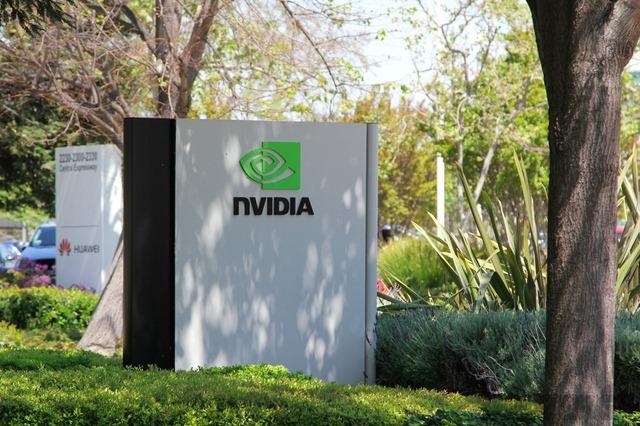 Apple revine la GPU-urile NVIDIA?