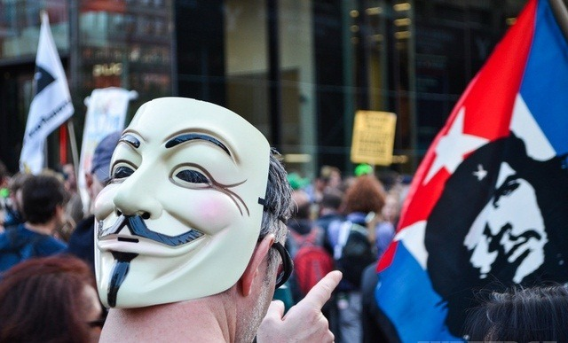 Anonymous organizeaza proteste impotriva cenzurii online in India