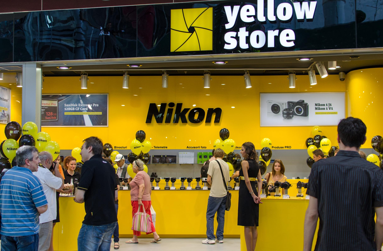 S-a deschis Yellow Store in Sun Plaza