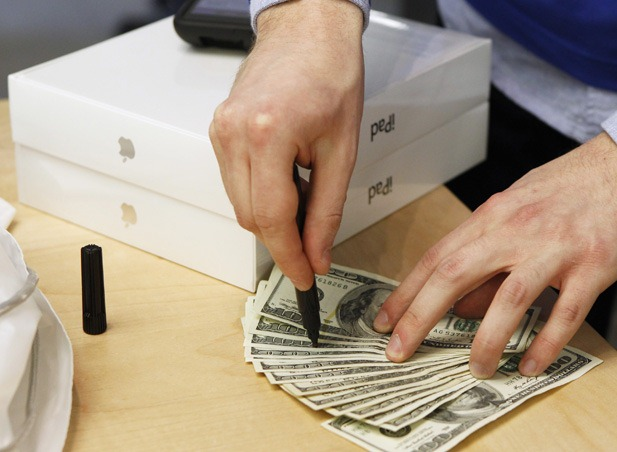 Apple: Profit mai mare, dar trimestru mai… slab?