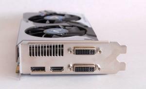 Sapphire Radeon HD 7770 Vapor-X GHz Edition Conectori