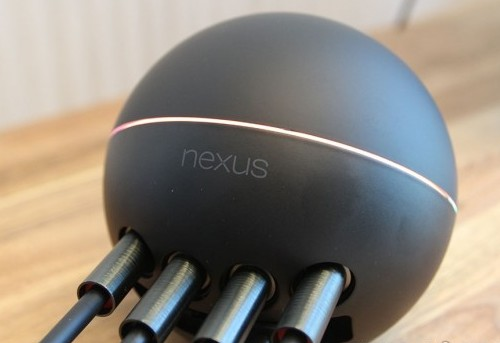 Google Nexus Q a fost modat [+Video]