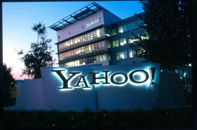 Hacking: Yahoo! pierde 453.000 de nume de utilizatori si parole