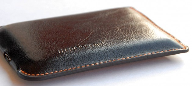 Freecom Mobile Drive XXS Leather (1)