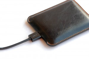 Freecom Mobile Drive XXS Leather (9)