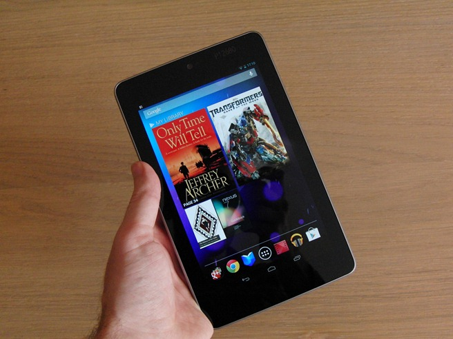 Google_Nexus_7_in_hand