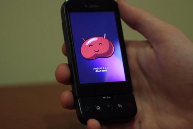 Android 4.1 ajunge pe cel mai vechi telefon cu Android: HTC G1