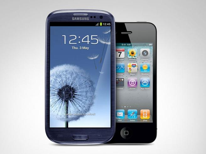 Samsung Galaxy S III vs iPhone 4S
