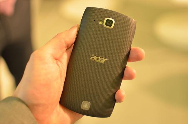 Acer pregateste smartphone-uri pentru 2013