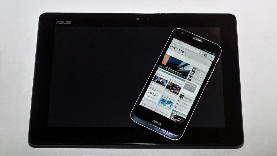 Review Asus Padfone 2