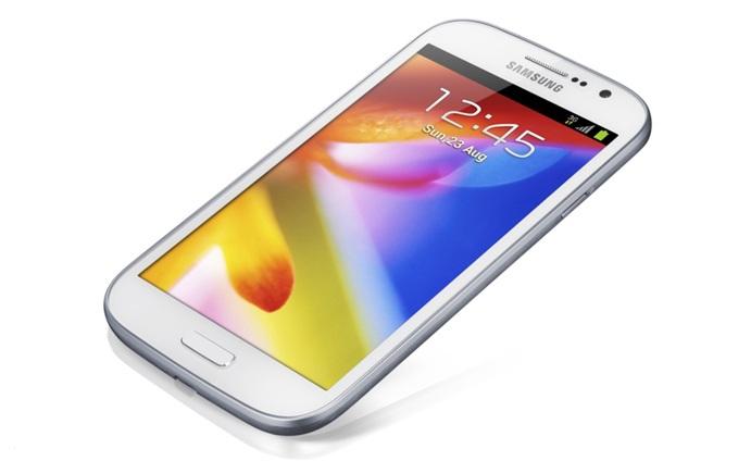 Samsung prezinta Galaxy Grand cu display de 5 inci