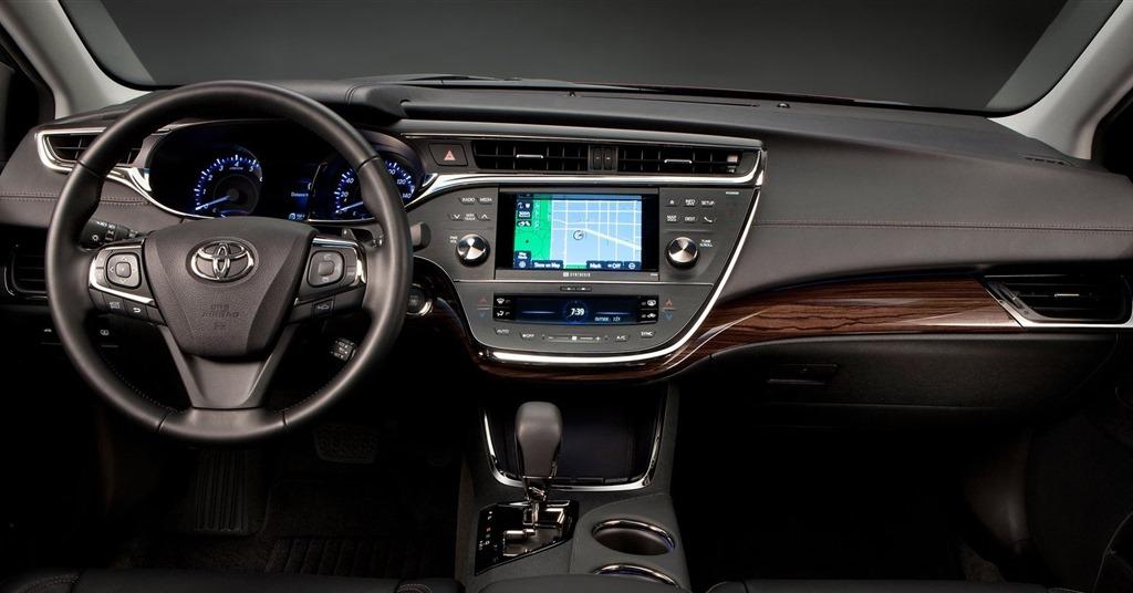 In 2013 Toyota va introduce incarcarea wireless in masini