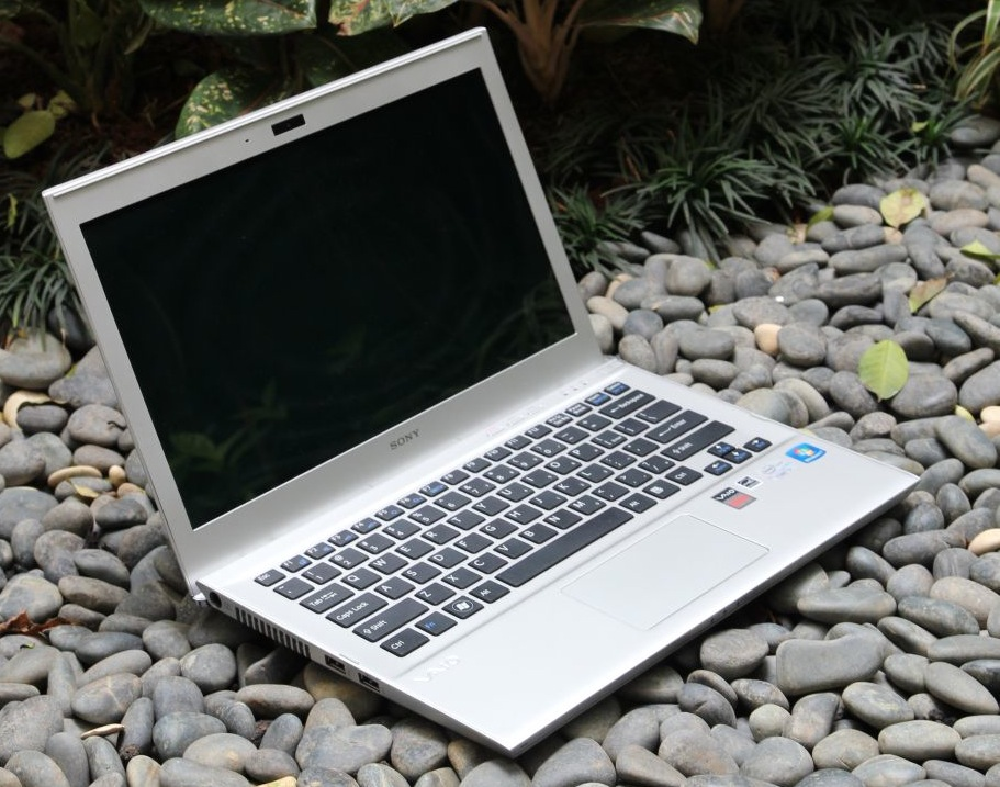 SONY VAIO T13 – Ultrabook cu personalitate si touchscreen [REVIEW]