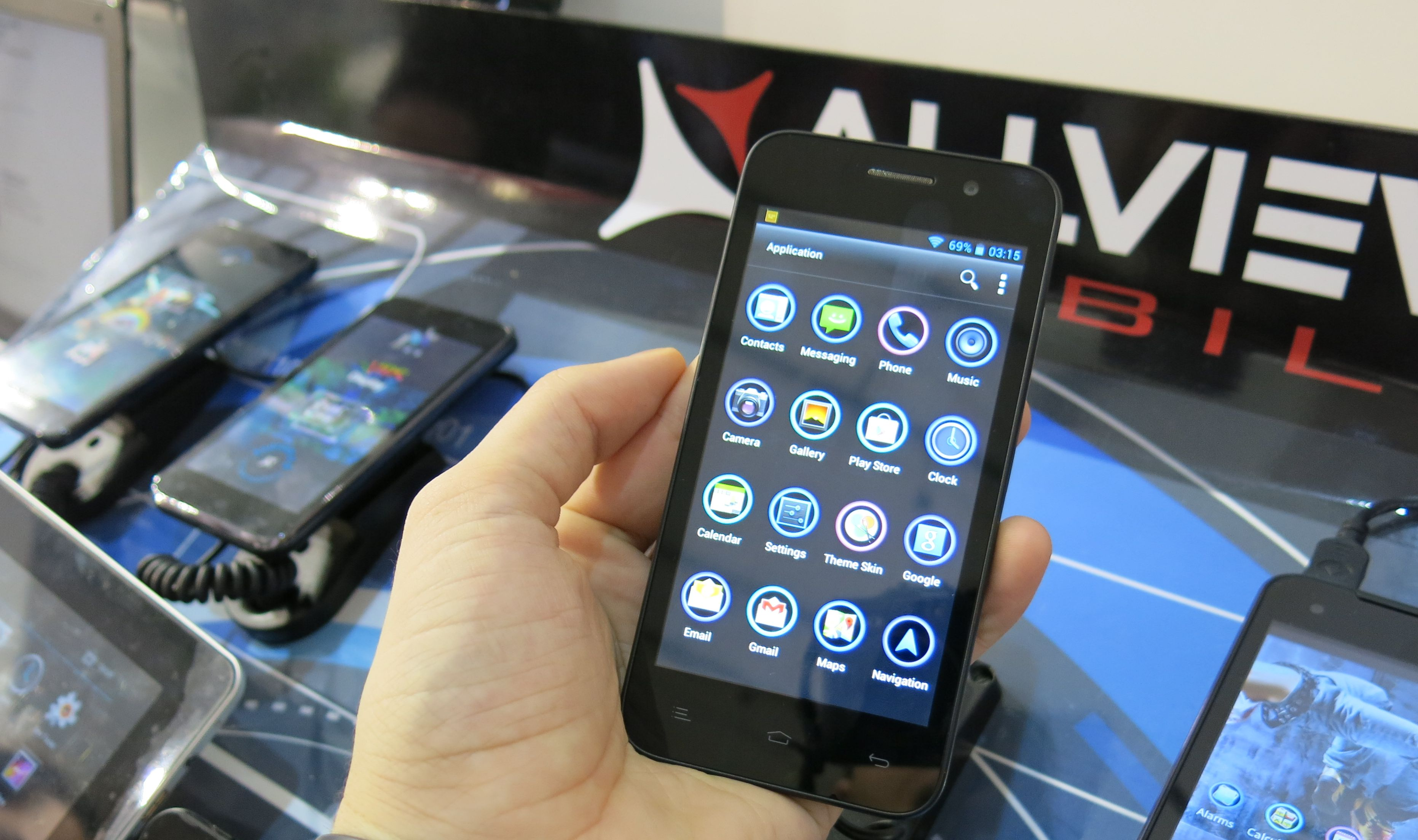 Allview P5 Quad lansat la MWC 2013 [Hands-On]