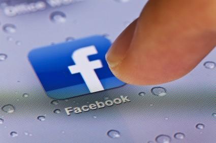 Facebook pauza de socializare