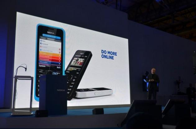 Nokia 105 si Nokia 301