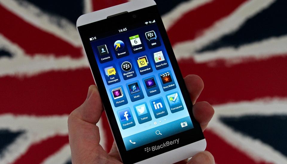 Blackberry Z10 depaseste recordurile de vanzari in UK si Canada