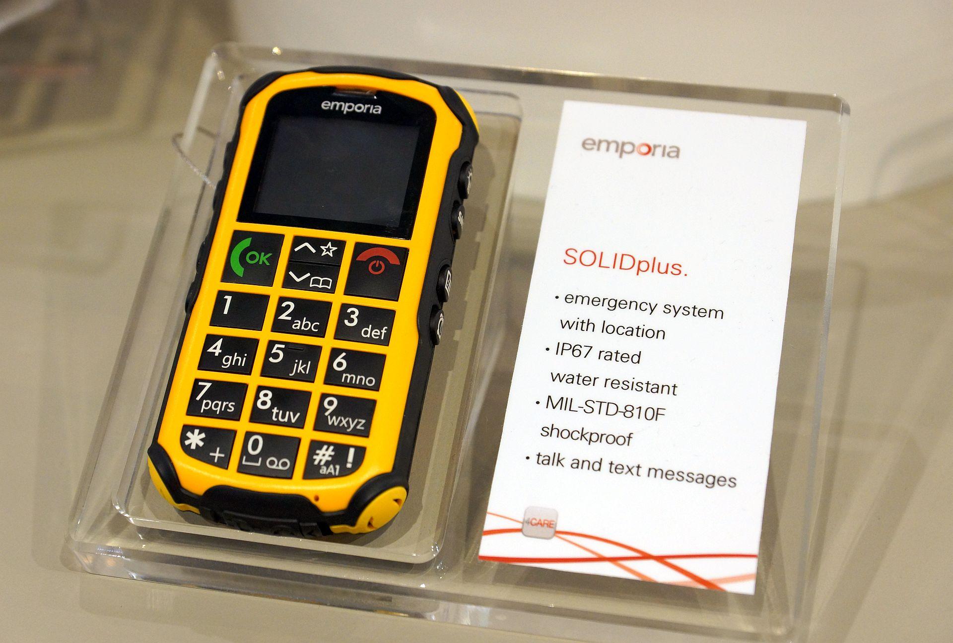 Emporia a adus telefoane simple si utile la MWC 2013