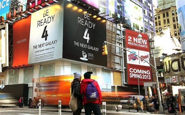 Urmareste LIVE lansarea Galaxy S4 de la New York [VIDEO]