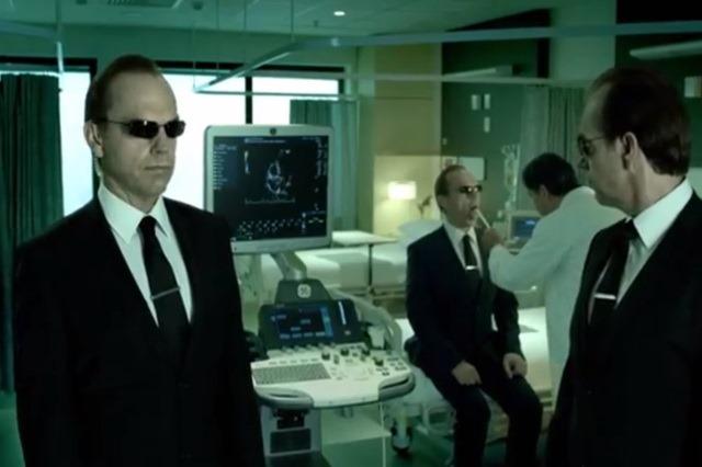 Legatura dintre aparatura medicala moderna si… The Matrix [+VIDEO]