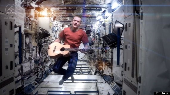 Primul clip filmat in spatiu ajunge pe YouTube de la bordul ISS