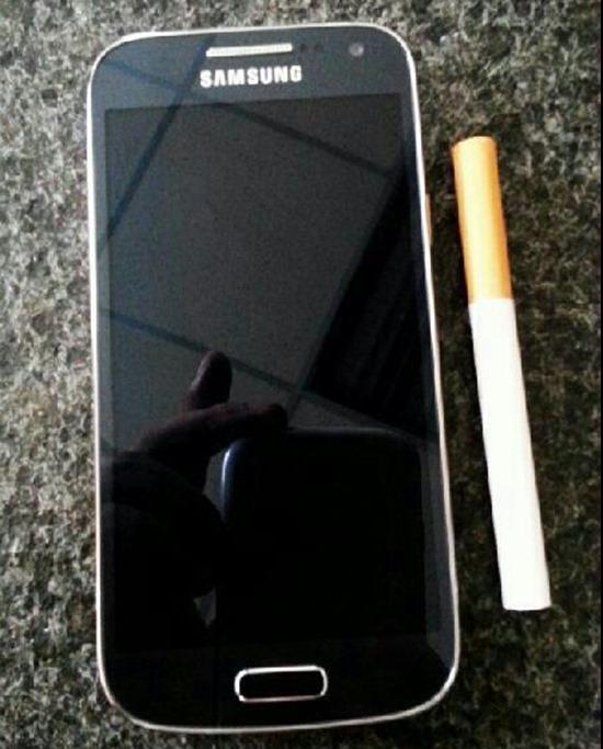 Samsung Galaxy S4 mini gs4 1