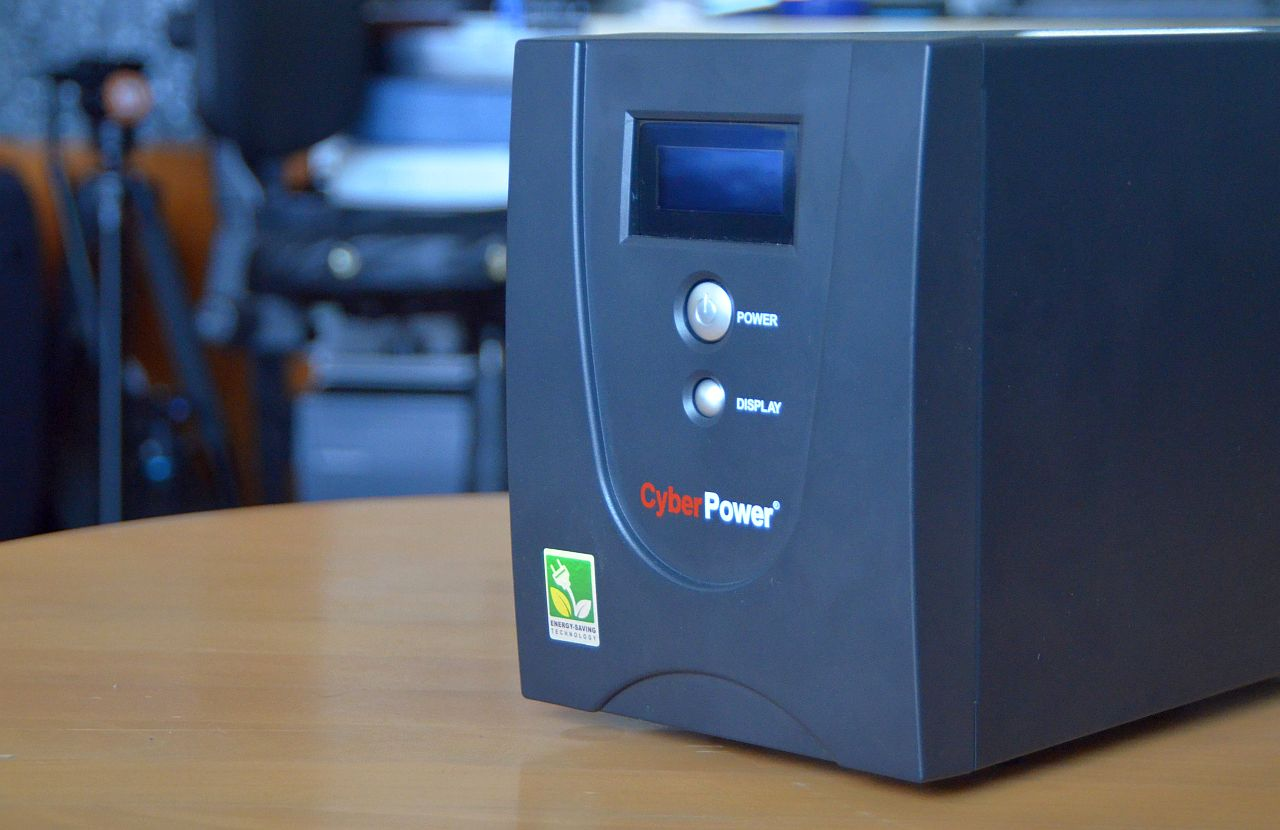 CyberPower Value 2200 EILCD Review