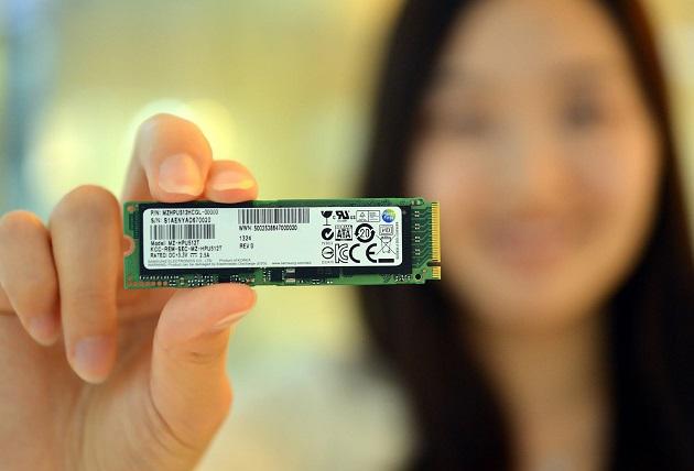PCI-Express-SSD-03-0