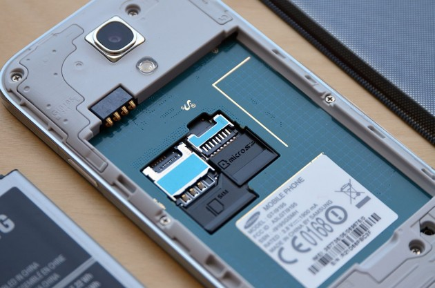 Specificatii SIM Samsung Galaxy S4 Mini