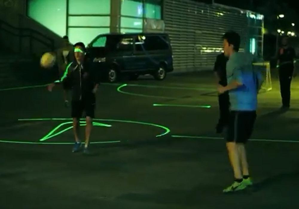 Nike isi face terenuri virtuale de fotbal [VIDEO]