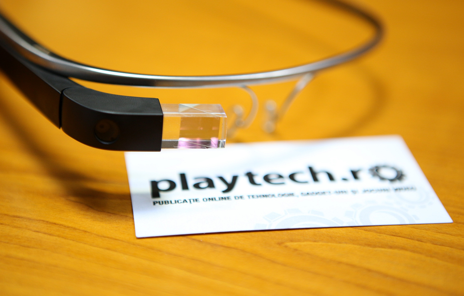 Magazin virtual Google Glass