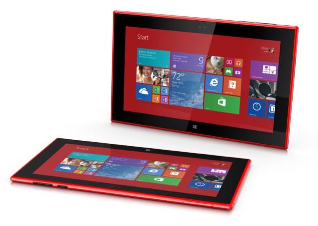 "Directorul Qualcomm: ""Nu exista competitie intre Lumia 2520 si Surface 2"""