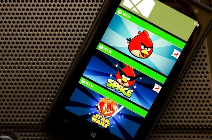 Trei jocuri Angry Birds primesc update-uri importante pe WP8