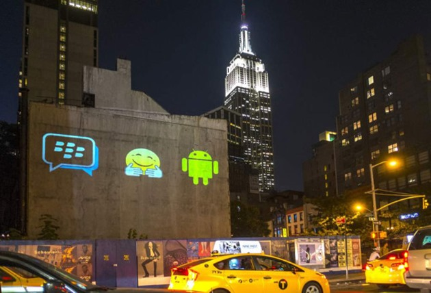 Șeful BlackBerry ironizează soluțiile de securitate folosite de Samsung și Google