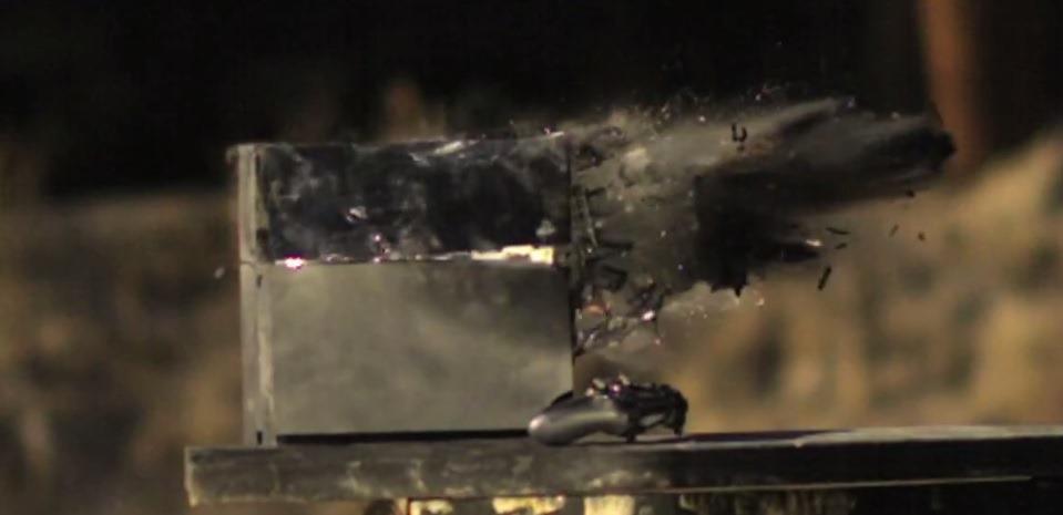 Un nou gadget împușcat – Gaming-ul este victima unui glonţ de calibrul 50 [VIDEO]