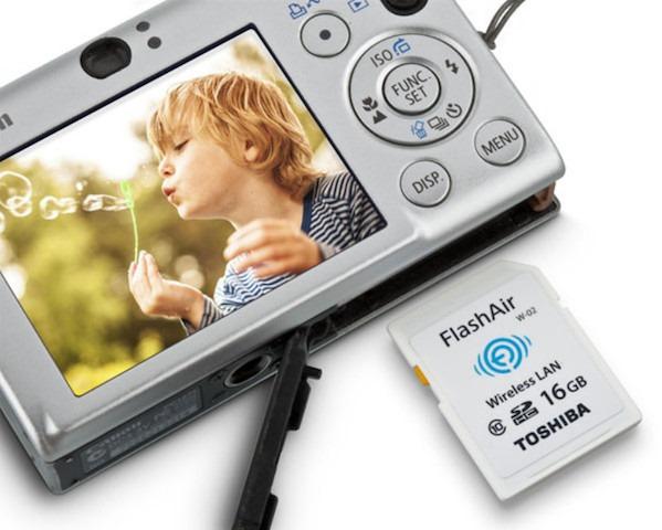 FlashAir 2 este un nou gadget Toshiba pentru transfer wireless de conţinut