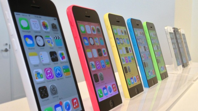 După iPod Classic, ar putea fi în curând rândul lui iPhone 5C să fie scos din producție