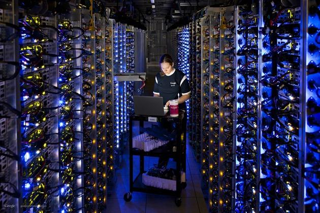 google-datacenter-people cpu intel